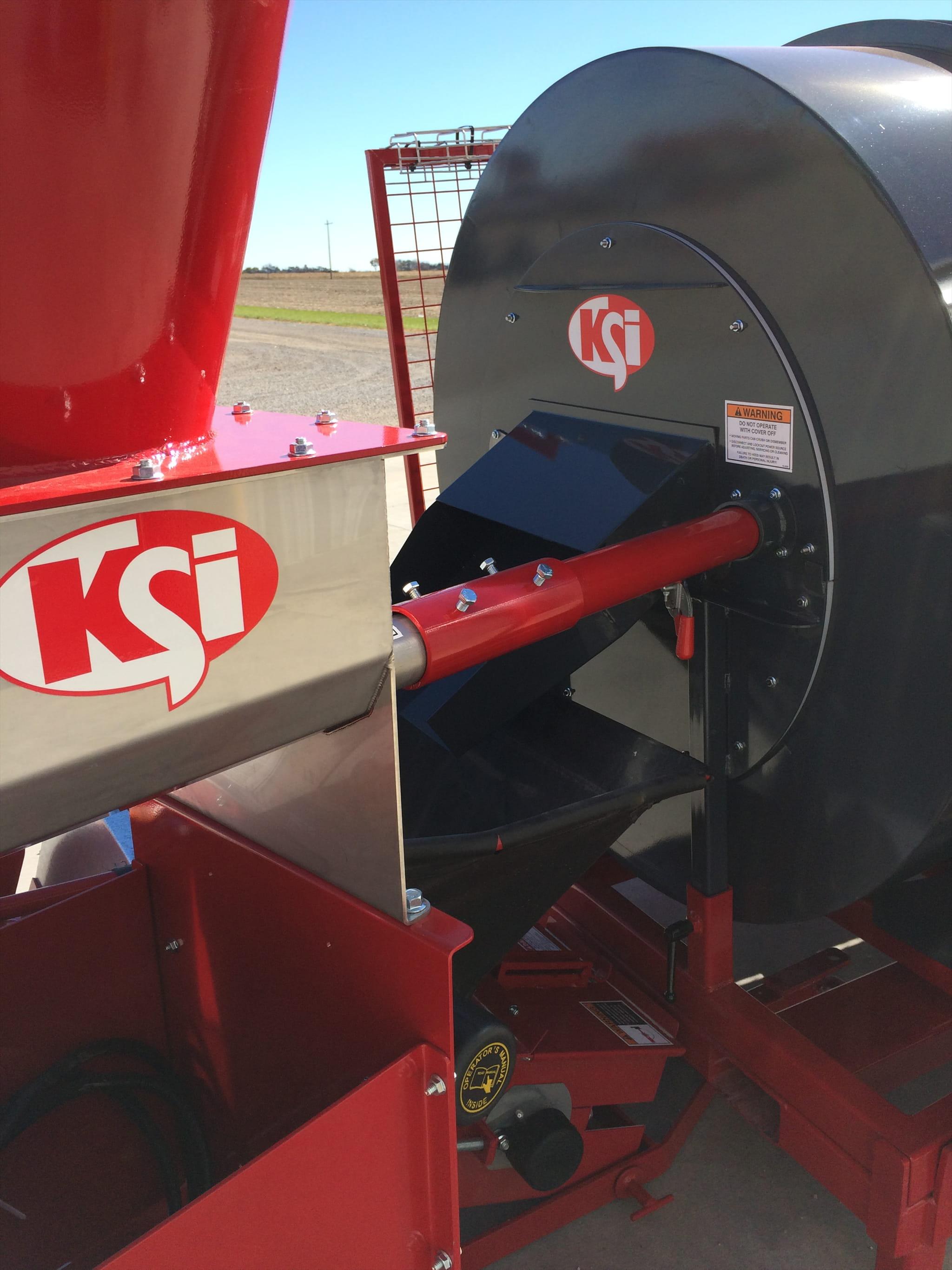 Dry Additive Feeder / Talc Applicator | KSi Conveyors